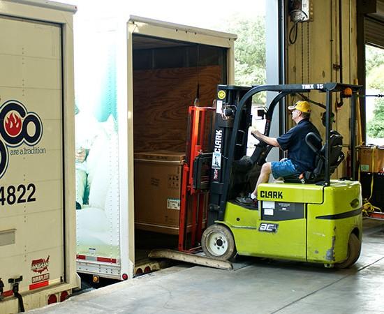 comp-loading-truck
